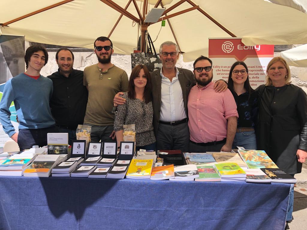 La via dei librai accende Palermo anche quest'anno: lo sguardo di Palermo University Press sulla manifestazione giunta alla sua quarta edizione