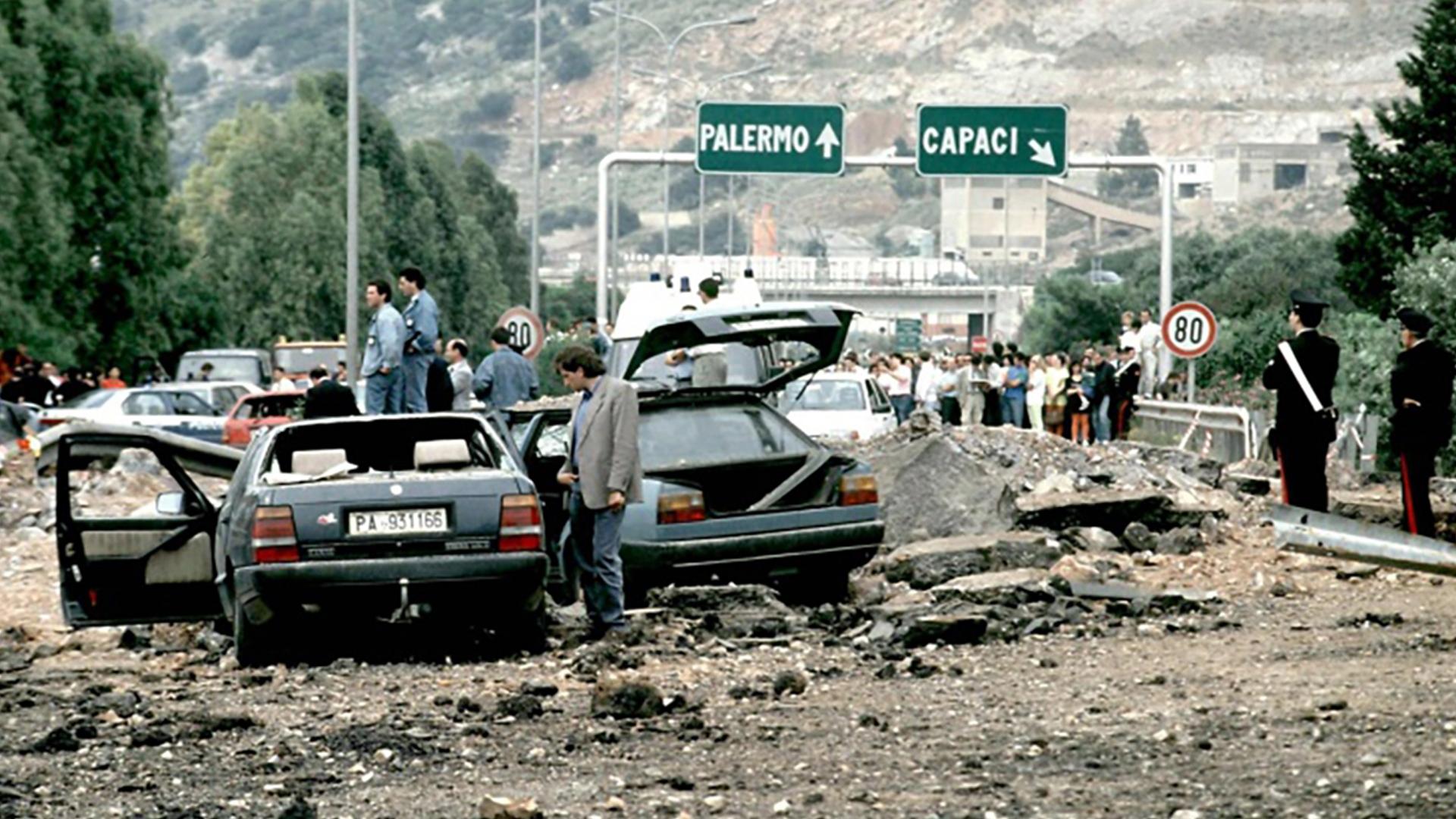 La strage di Capaci: l'attentato in cui perse la vita Giovanni Falcone