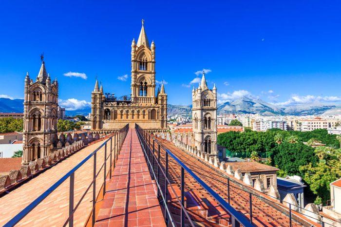 Torri e palazzi, così Palermo volle sognarsi medioevale