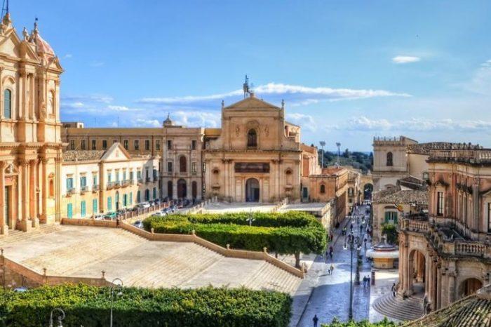 Il barocco siciliano, l'architettura come linguaggio educatore del popolo